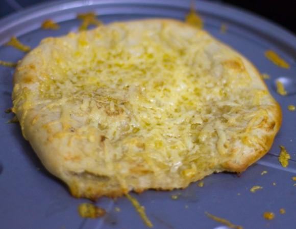Garlic and Cheese Pizza Bread Recipe
