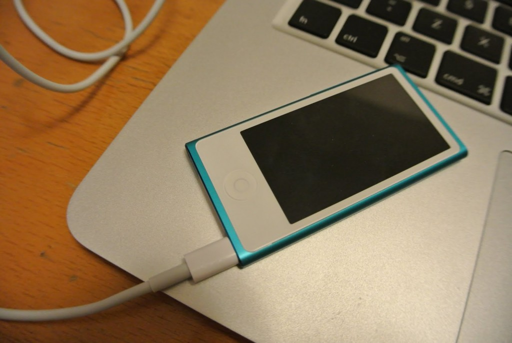 7th Generation iPod Nano Connected to MacBook Air With USB Lightning Cable