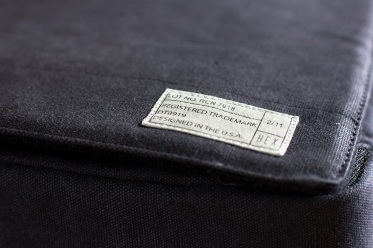 "Label of the HEX Recon 15"" Charcoal Messenger Bag for iPad"