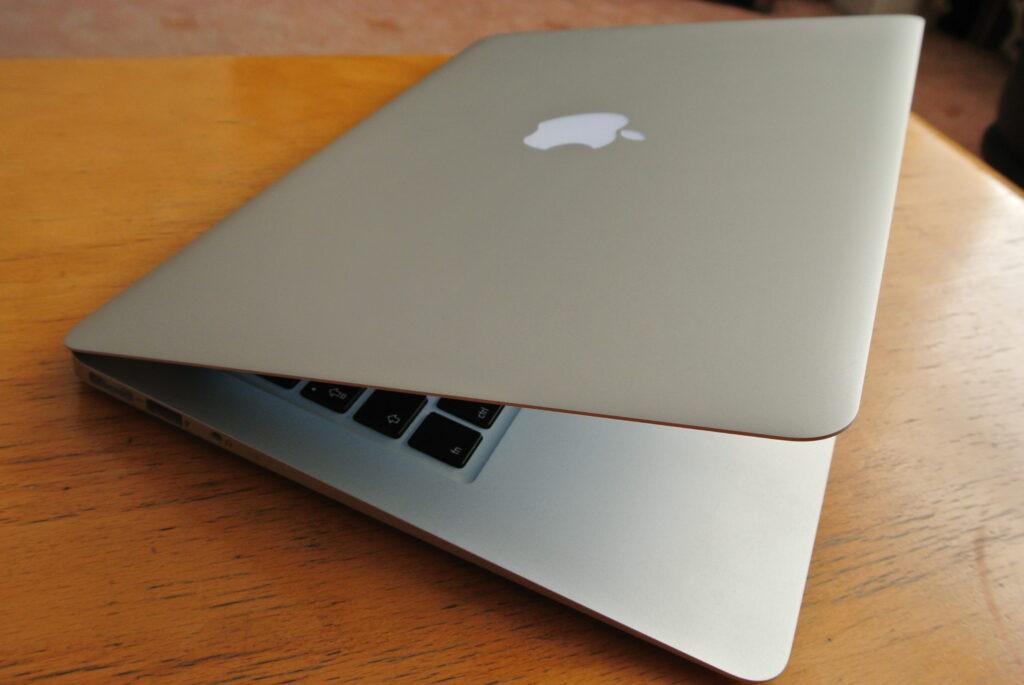 """Mid 2012 MacBook Air 13"""" Lid"""