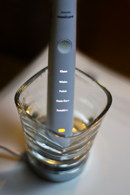 Philips Sonicare DiamondClean in Charging Glass
