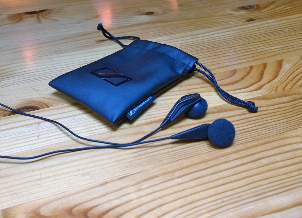 Sennheiser MX 375 In-Ear Headphones With Drawstring Bag