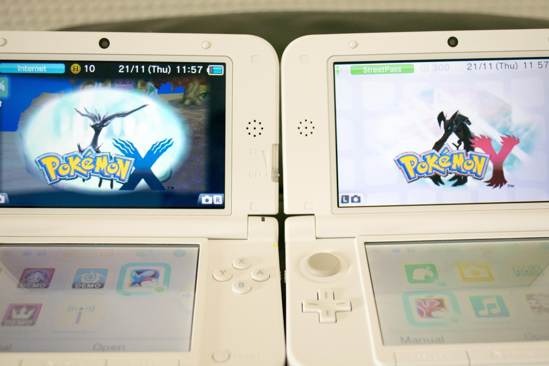 Pokémon X & Y Launch Screens On Nintendo 3DS XL