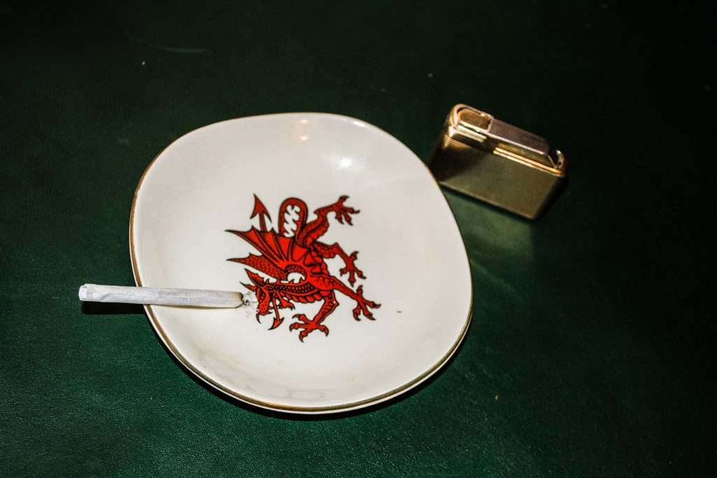 Rollie Cigarette, Welsh Red Dragon Ash Tray, Lighter