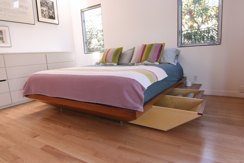 Smart storage ideas for under the bed