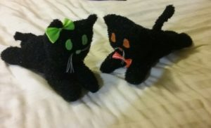 How to Make a Halloween Cat Plush Toy 18