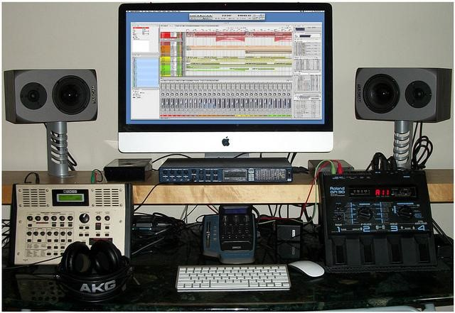 iMac based home recording studio