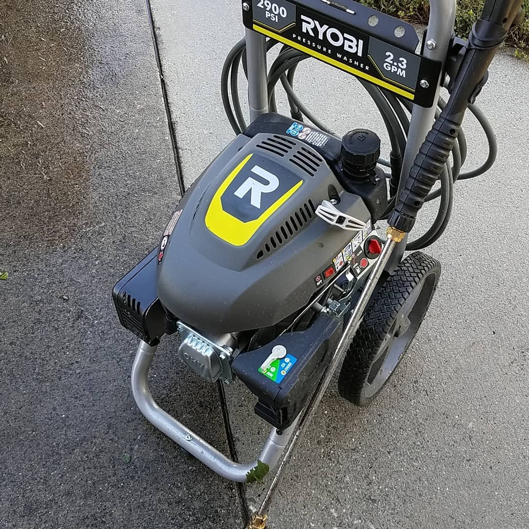 Find Out About the Top 10 Uses of a Pressure Washer