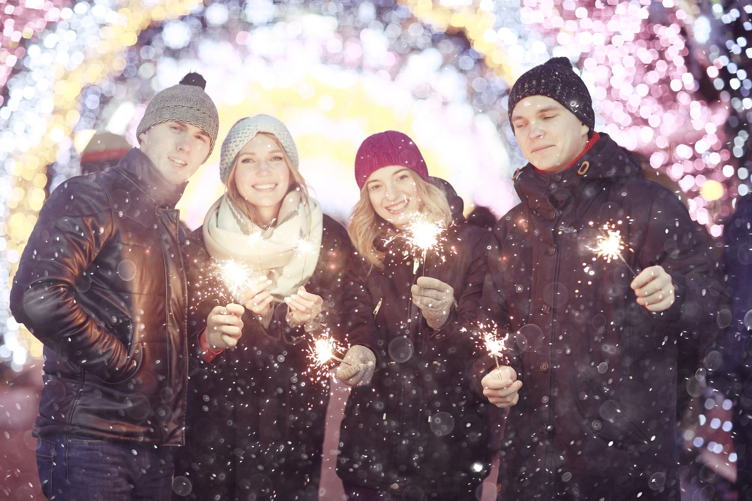 The Cold Collective – How to Throw an Outdoor Party in Winter