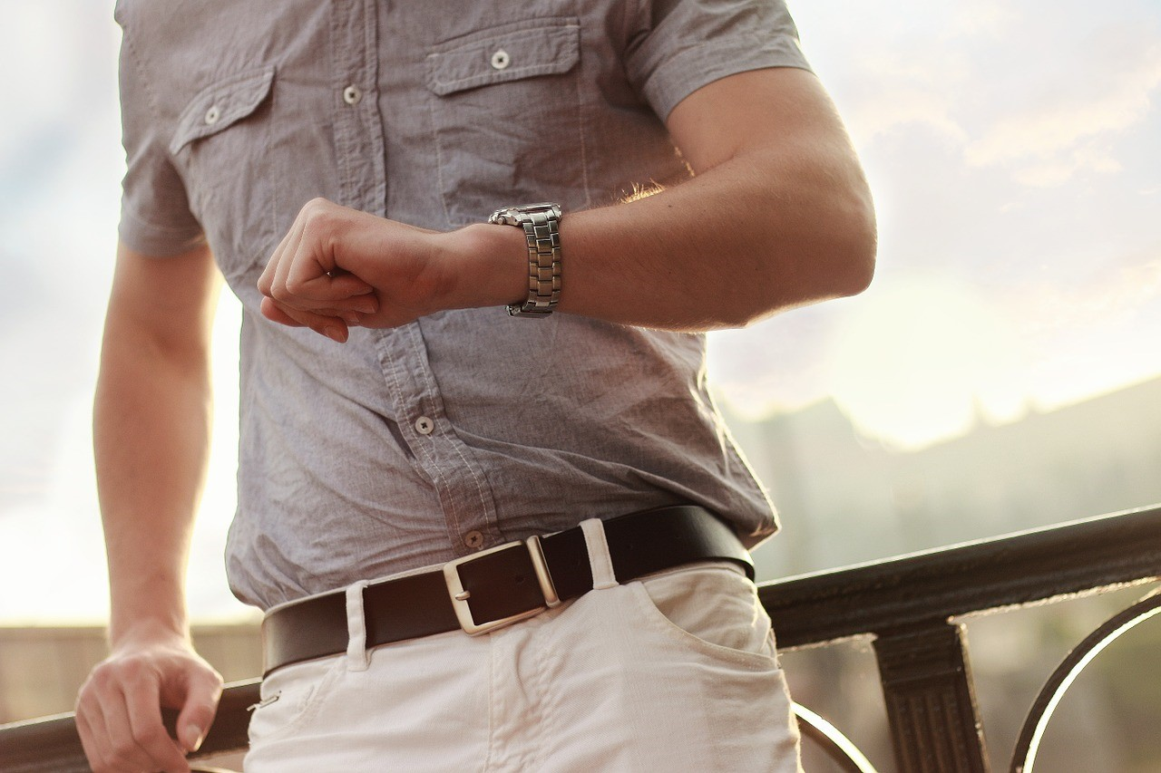 Choosing the Perfect Watch-Outfit Combination