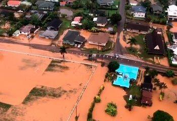 How to Handle Water Damage in Kauai 3