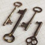 Four brass skeleton keys