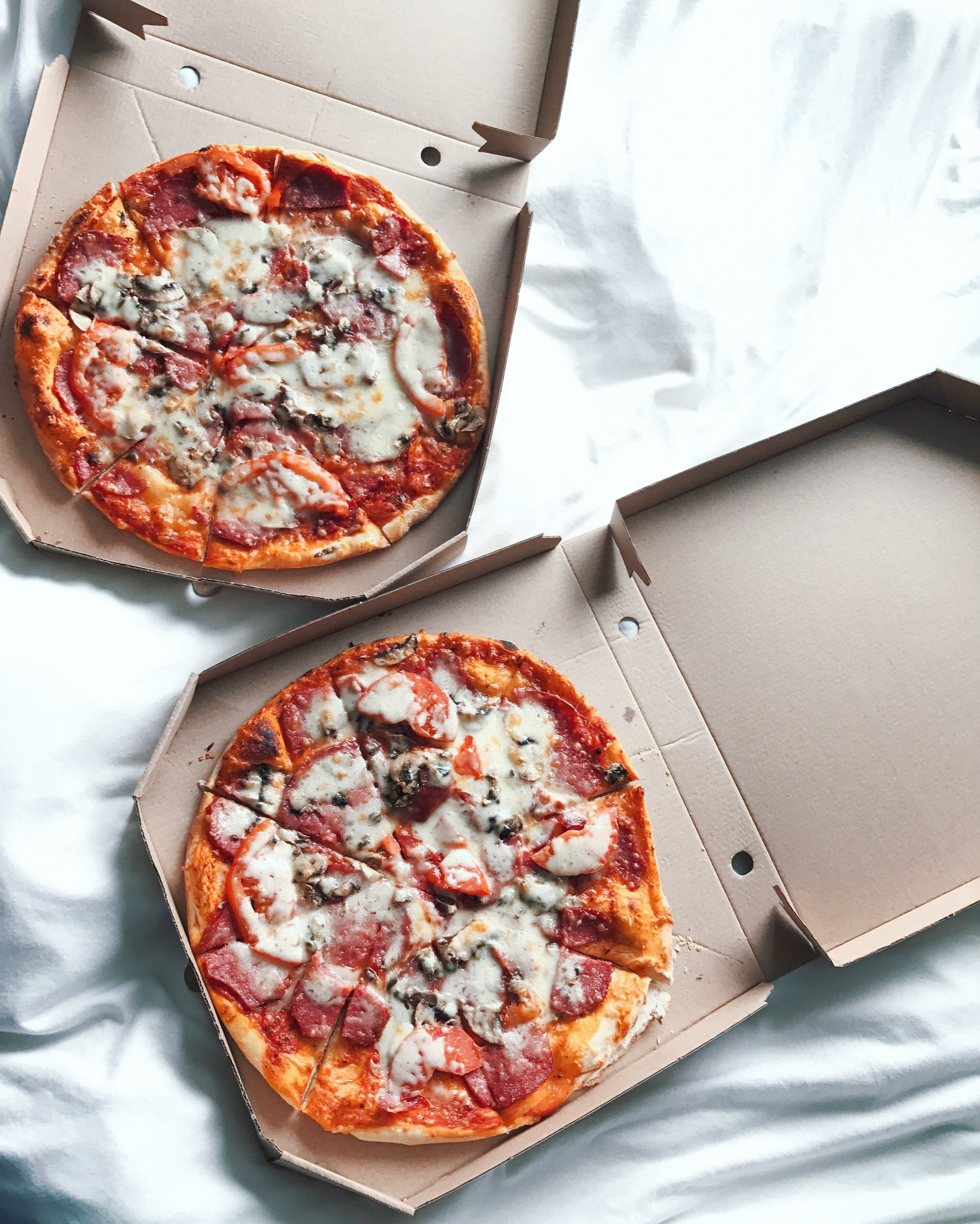 Four Reasons Why You Should Opt for Food Delivery Services in St. Louis