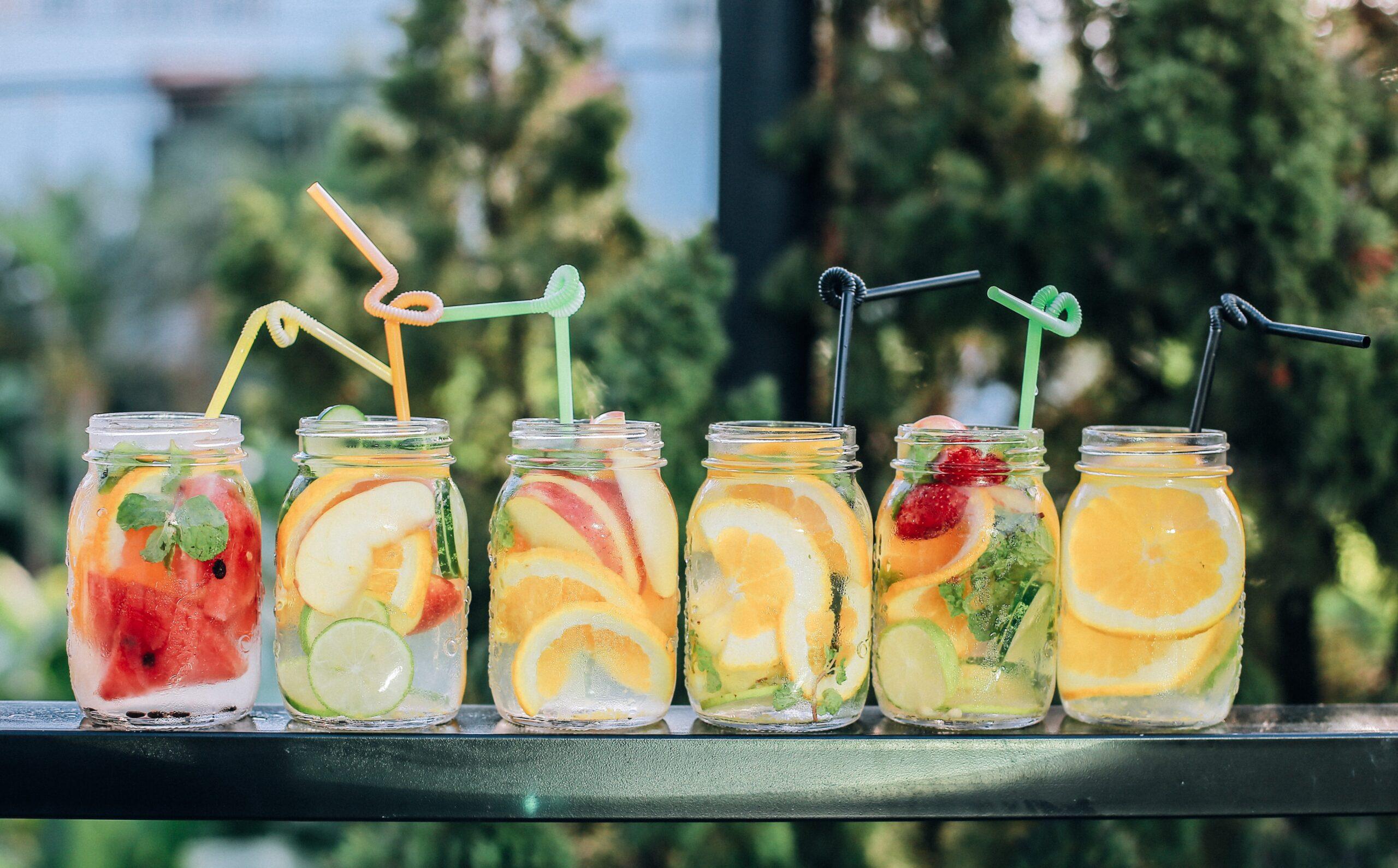 6 glass mason jars with drinks straws