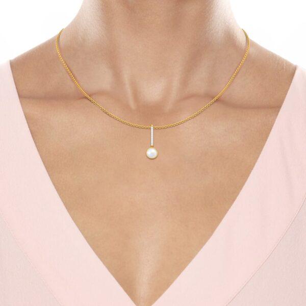 Melorra pearl pendant