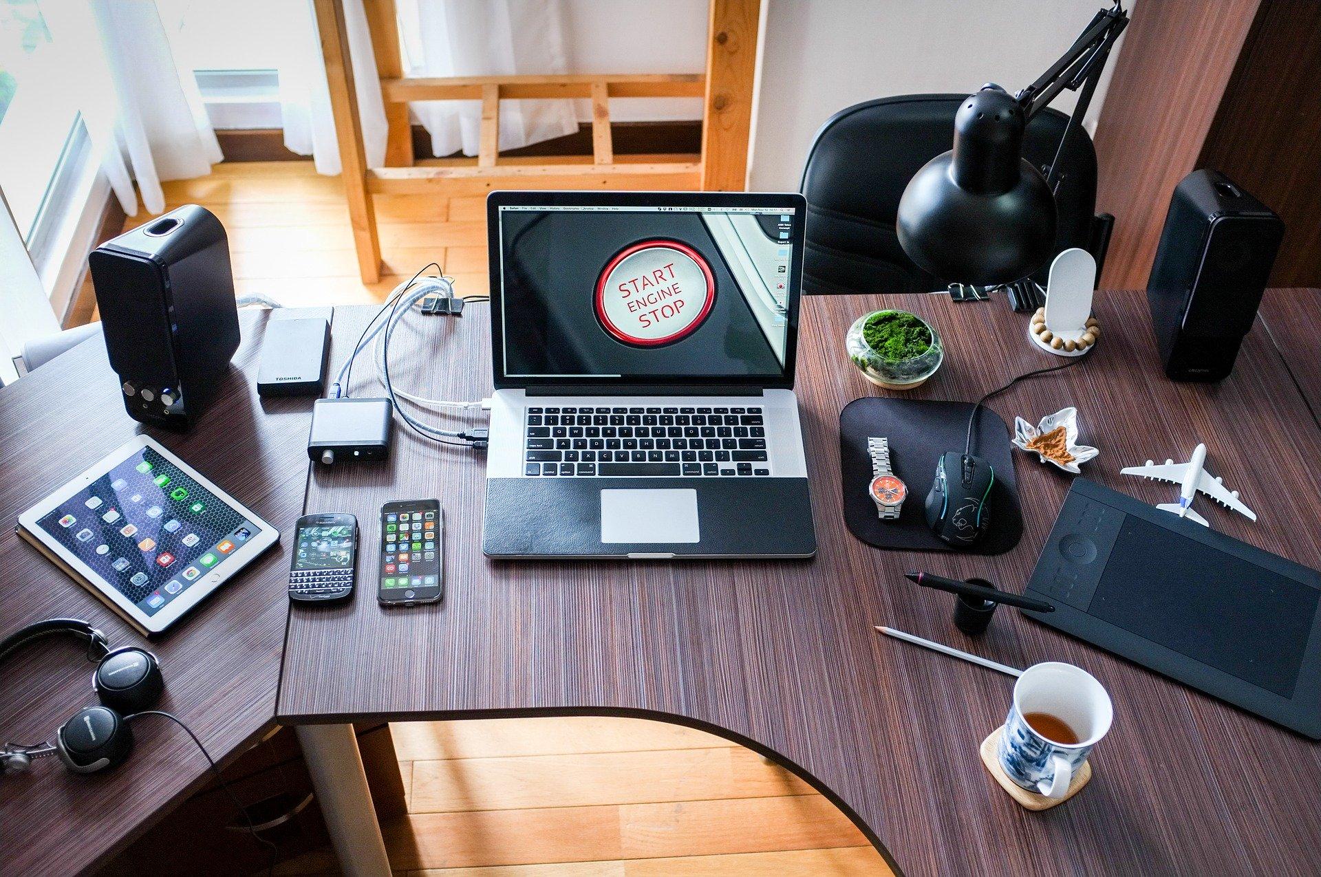 Laptop-based workspace